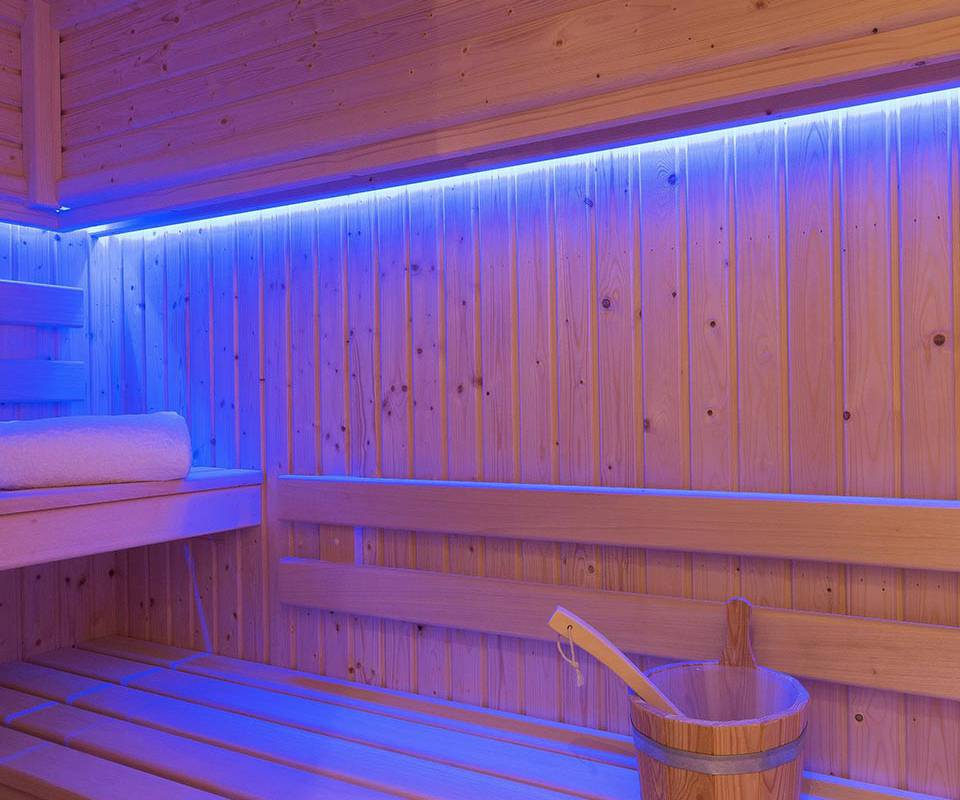 Luxurious sauna care hotel paris louvre