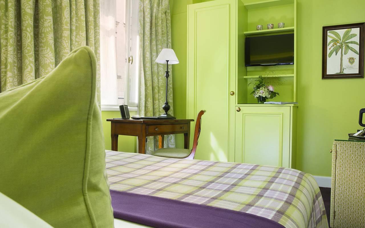 Chambre tradition verte hotel rue saint honore