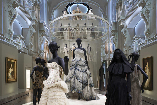More than 300 haute couture dresses are presented as well as fashion  accessories, perfumes, drawings, photographs, illustrations, letters, and  manuscripts ... 058b6dfee1c0